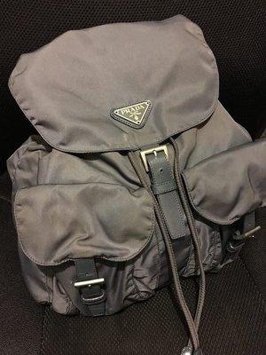 PRADA BACKPACK BAG背包clutch背囊wallet銀包pan-dora di-or mer27beaucoup vintage hy-steric旅行tiff-any卡片套