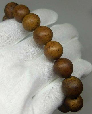 琳達購物中心-限量優惠品質保證-實品拍攝-越南西寧黃檀根榴手珠13mmx16顆(免運+送精油)