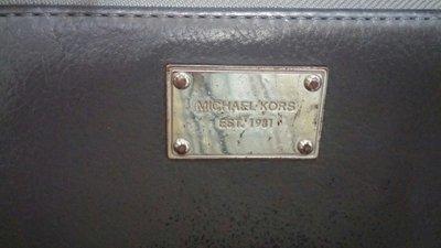 正品 MK 二手鐵灰色長夾 長20cm 寬10cm 售$250~~ 台北市