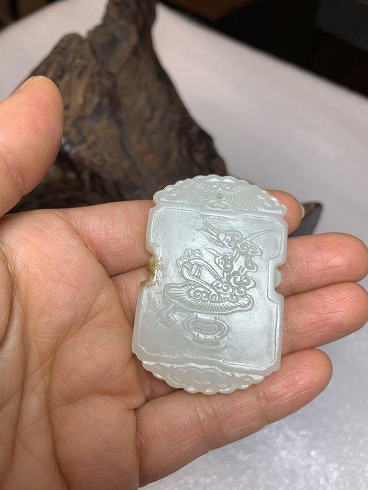 【御寶齋】--{靈芝紋文玩款玉牌}--老件--和闐羊脂級白玉、油潤潤包漿厚皮殼美..// 廣告價第一標 //