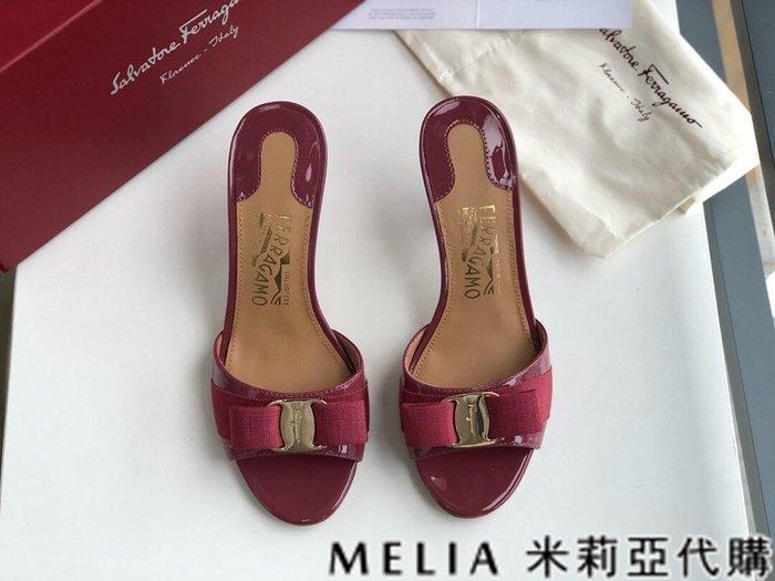 Melia 米莉亞代購 歐美精品女鞋 商城特價 SALVATORE FERRAGAMO 高跟拖鞋 金扣蝴蝶結設計 桃紅色