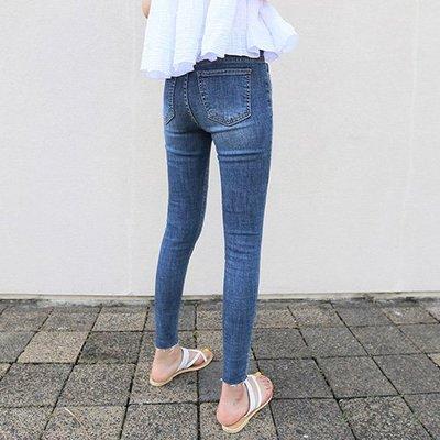 鉛筆褲窄管褲韓系 投資自己最好的選擇極彈力小腳牛仔褲 艾爾莎【TAE7549】