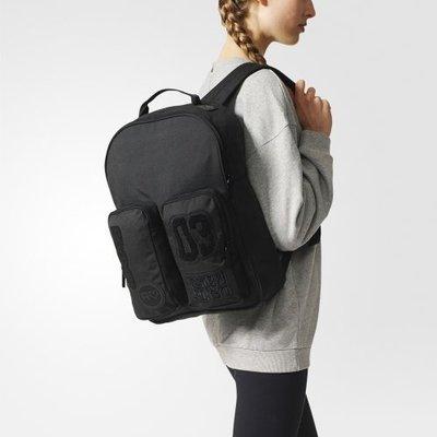 【豬豬老闆】ADIDAS ORIGINALS BADGES CLASSIC 黑 運動 休閒 雙肩 後背包 BQ8126