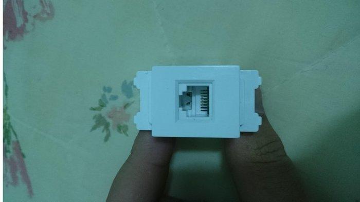 ~協德資訊~128型 電腦模塊帶支架 CAT5E超五類網絡信息插座