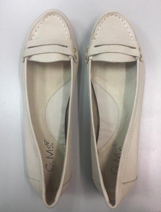 Selly outlet (03U23)經典素面‧小牛皮尖頭平底鞋‧杏米色38號 NG279