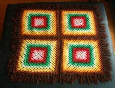早期普普風中型手織毯  1998元。