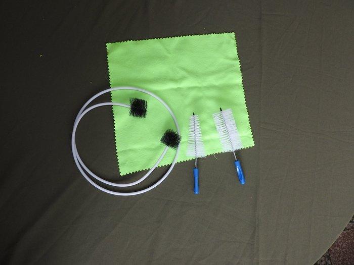 小號清潔組:擦拭布、調音管軟毛刷、汽缸刷、吹嘴刷