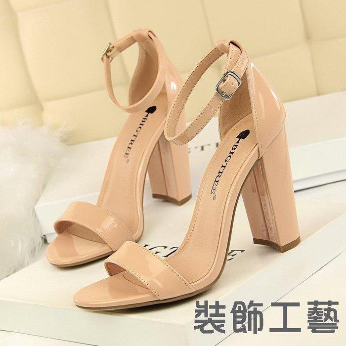 0509-1女鞋夏季高跟鞋時尚簡約粗跟高跟性感夜店一字帶涼鞋