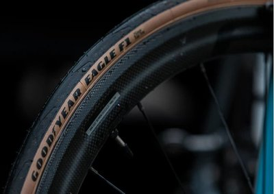 ~騎車趣~GOODYEAR固特異 EAGLE F1 膚色邊 超高性能全能公路競賽 摺疊胎700x25c Clinche