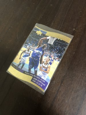 KARL MALONE   MEMORABLE MOMENTS  UD 1997   3 切割特卡 前後卡況如圖
