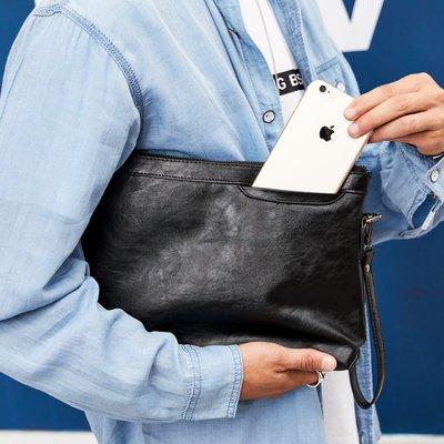 包包 手拿包 皮甲 公事包 手腕包新款時尚手包 簡約男女士手抓包韓版街頭手拿包 休閑手腕包信封包