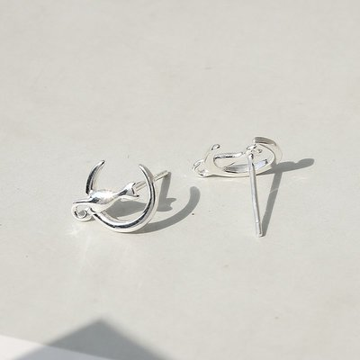925純銀貓咪耳釘氣質韓國個性小清新可愛弧形小貓不規則耳環耳飾