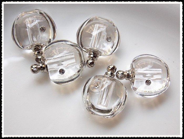 【雅之賞 藏傳 佛教文物】特賣*水晶瓶 /香水瓶 /舍利瓶 (5個) 吊飾 (附繩)~071708