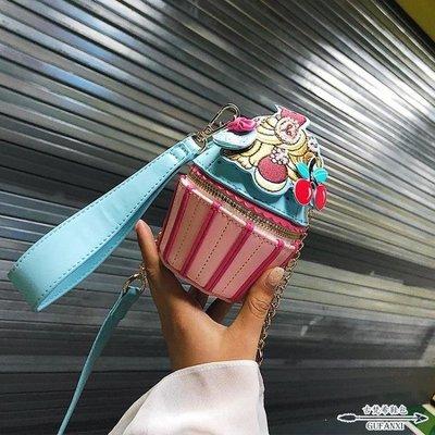 日和生活館 水桶包個性可愛萌迷你女夏天潮韓版百搭斜背泰國鏈條背包S686