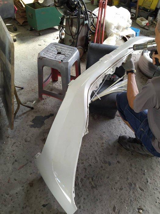 DJD19081325 全車系保桿修理服務 依現場報價為準