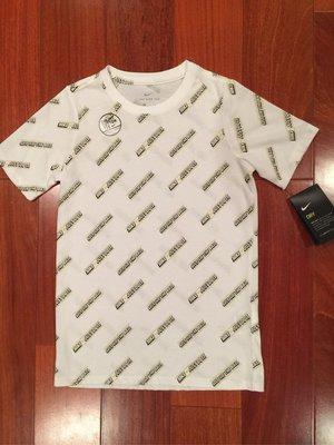 Nike 男童短T 尺寸 L