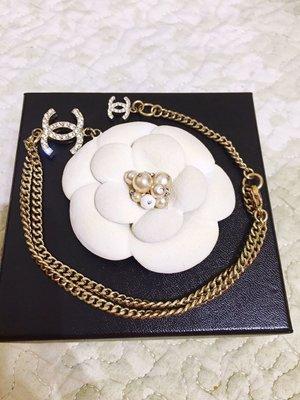 Chanel Camellia 香奈兒限量發售珍珠白山茶花短項鍊 金屬吊墜
