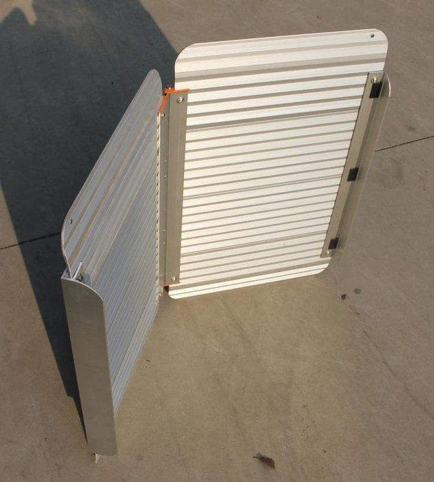 【奇滿來】無障礙坡道 210*72cm鋁合金可折疊合起 便攜帶式輪椅登車架 爬坡道 登車架台階板斜坡道 AYAZ