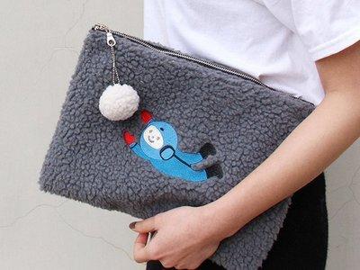 HAPPY+【V5114】U-PICK 原品生活 宇航員 羊羔絨 手拿包 可愛手拿包 收納包 手提包 ZARA H&M