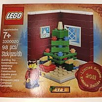 100% NEW LEGO 3300020 Seasonal Xmas Limited Edition 2011 (盒有輕徽壓紋)