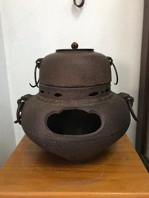 『已售出』日本風爐 鬼面風爐-岩肌 日式擺設.造景((日式火缽鬼面風爐日式風爐 可參考