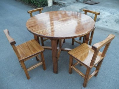 A042 {崙頂傳統原木家具行}~杉木實木圓桌配杉木靠背餐椅整組 跟 接受訂作 訂色 多款選擇