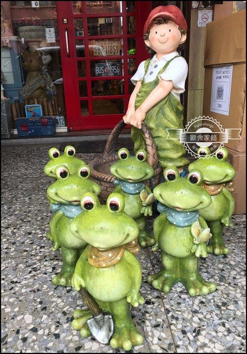 童話風 綠色高嶺土領巾青蛙娃娃擺飾品 共兩款 花台花架玄關庭院花園花藝佈置品可愛吉祥物公仔迎賓餐廳民宿店面【歐舍家飾】