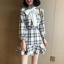 【Strawberry】套裝時尚春裝2019新款氣質名媛蝴蝶結格子魚尾裙初春兩件套