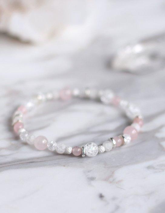 櫻 時分. 天然礦石粉水晶純銀手環手鍊 冰裂白水晶 溫暖柔和