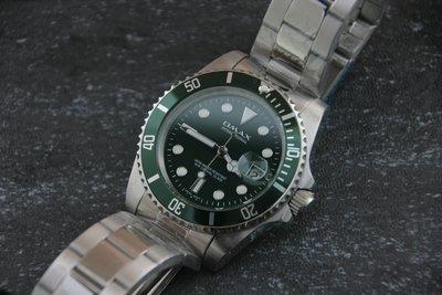 OMAX歐馬仕尚勞利仕名款綠水鬼submarine造型全不鏽鋼製石英錶~ 綠框綠面