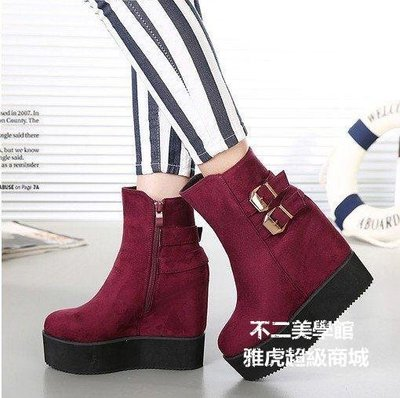 【格倫雅】^圓頭坡跟厚底短靴舒適內增高女裸靴子皮帶扣超高跟鞋秋冬6556[g-l-y92
