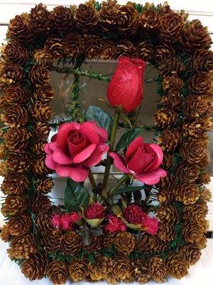 【番茄佈屋家飾精品】*松果木製立體玫瑰...