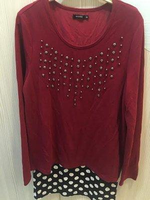小花別針、【moma】酒紅色假兩件長版上衣連身裙