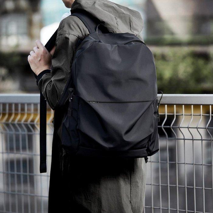 FINDSENSE 韓版男包 G6 男用休閒包 雙肩包簡約商務包商務電腦包輕便背包簡約後揹包電腦大容量書包男包包運動