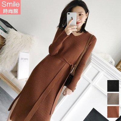 【V3082】SMILE-質感潮流.V領修身綁帶針織長袖洋裝