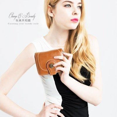 短夾-太陽花油蠟皮高質感搭扣女士皮夾手拿包【MA0260】玩美共和國