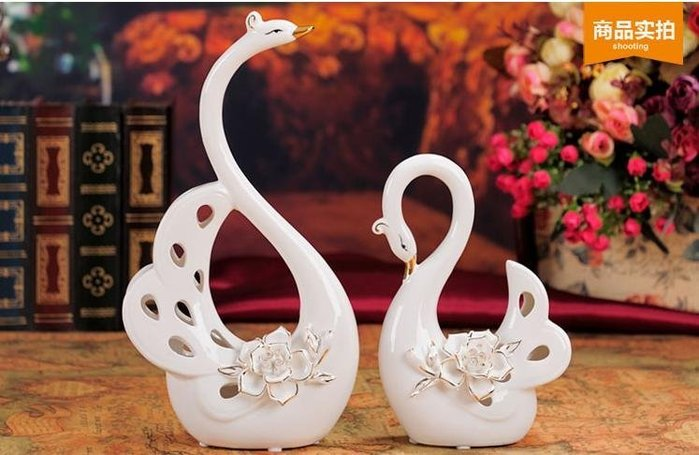 粉紅玫瑰精品屋~陶瓷裝飾擺件結婚禮物純白玫瑰天鵝~