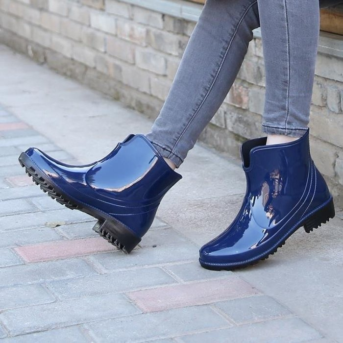 YEAHSHOP 雨鞋雨靴大人耐磨防滑防水水鞋女士水靴雨鞋Y185