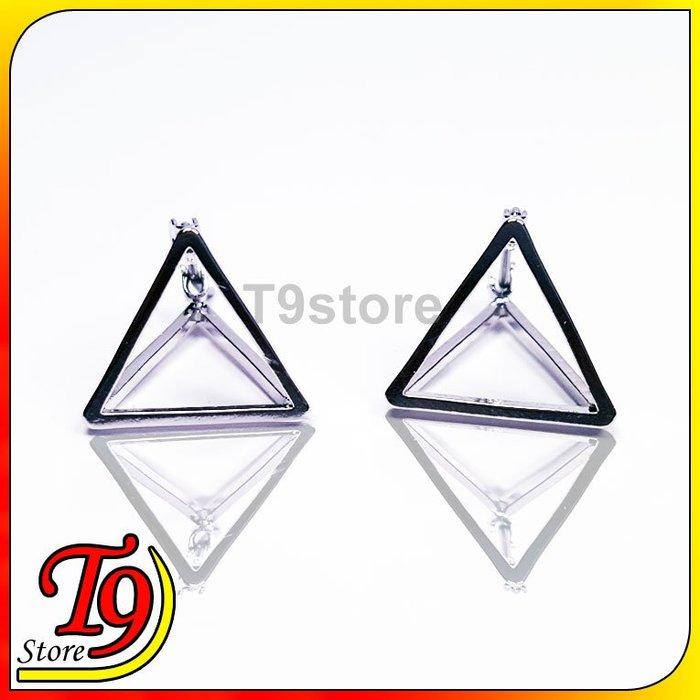 【T9store】韓國製 鏤空立體三角型貼耳式耳環