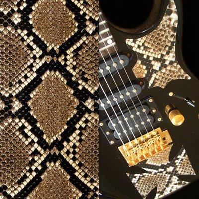 [園之屋] 現貨 日本 Inlay sticker 棕黑色 印刷仿蟒蛇紋 另有鱷魚皮紋款 琴身貼紙 民謠吉他 電吉他