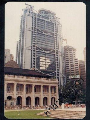 80年代匯豐新總部及立法會+尖沙咀鐘樓及天星小輪碼頭+快活谷馬場外景 中環夜景=共5張