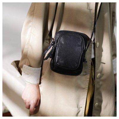 ~皮皮創~原創設計手作包。手機包豎款真皮小方包新款男單肩復古軟皮斜背迷你小包包