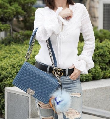 Chanel A92193 Boy 中大型小羊皮菱格紋 Boy 肩背包 28 cm 深藍銀鍊 台北市