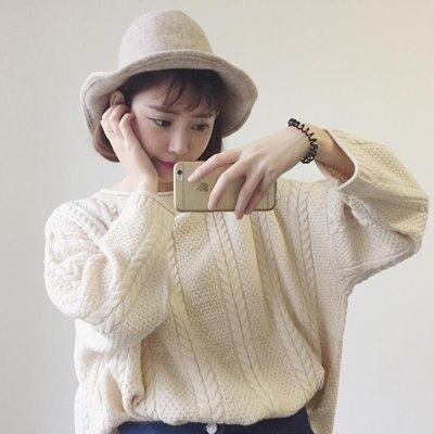 秋季女装2018新款韩版宽松复古麻花圆领粗棒针短款套头慵懒风毛衣