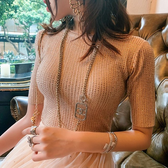 《巴黎拜金女》很仙的短款時尚女上衣修身顯瘦氣質薄款針織衫