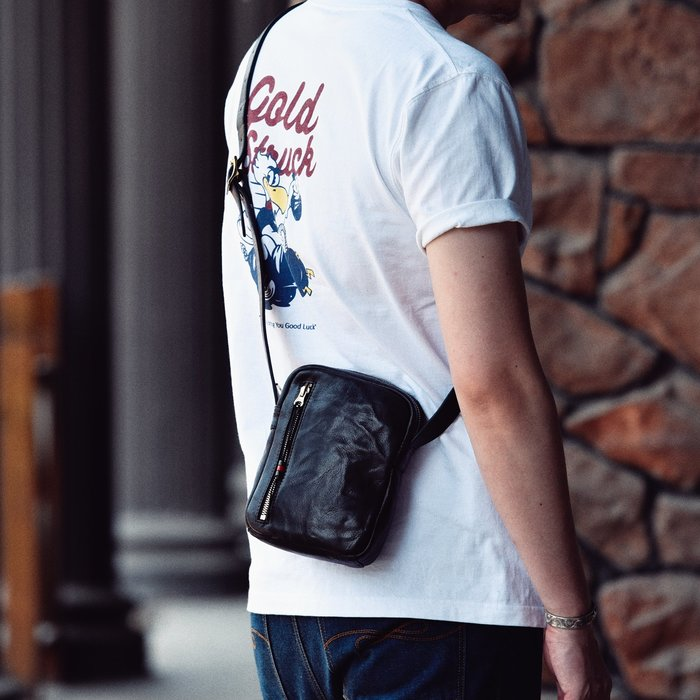 ~皮皮創~原創設計手作包。頭層牛皮單肩包百搭植鞣牛皮小背包真皮手機包運動休閑斜背男包
