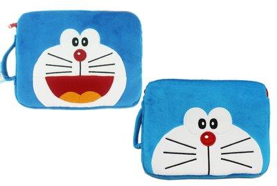 【卡漫迷】 Doraemon 平板 絨毛袋 24cm 左款 ㊣版 ipad 萬用袋 手提包 收納袋 小叮噹 多啦A夢