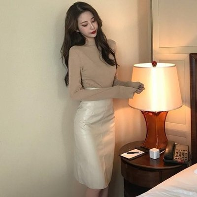 好物多商城 春秋裝新款立領T恤+中長款皮裙高腰半身裙兩件套時尚套裝女裝