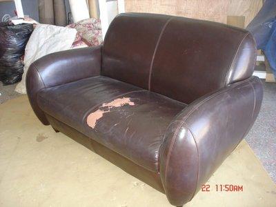 沙發維修-專業維修換皮.翻新.修理沙發-e相片就可估價呦