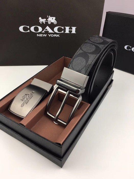 空姐精品代購 COACH 64839 新款男士C LOGO印花雙面用皮帶 雙扣頭 休閒大方 附代購憑證